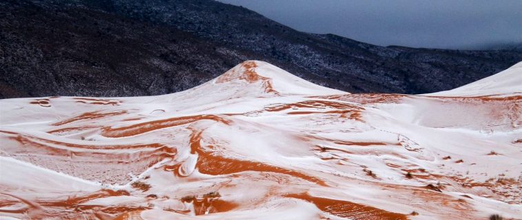 16 Inch Snow Falls in the Algeria Sahara Desert.